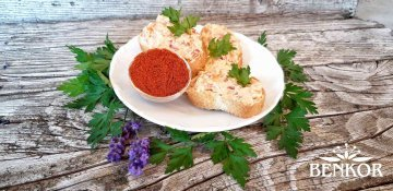 Tvarohová rozhuda se sladkou paprikou